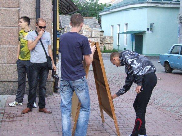 У Рівному вболівальники вимагають відремонтувати стадіон (ФОТО), фото-5