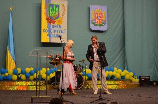У Житомирі святкування Дня Конституції розпочалося з офіційних урочистостей (ФОТО), фото-6