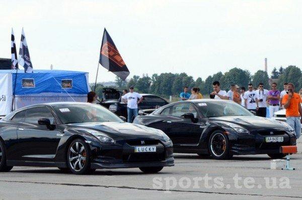 Швидкість, драйв, емоції та гарні дівчата в бікіні — у Тернополі пройшли змагання з Drag Racing (ФОТО, ВІДЕО), фото-5