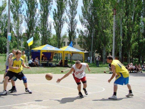 Кубок открытого чемпионата по стритболу взяли «Бахмутские», фото-7