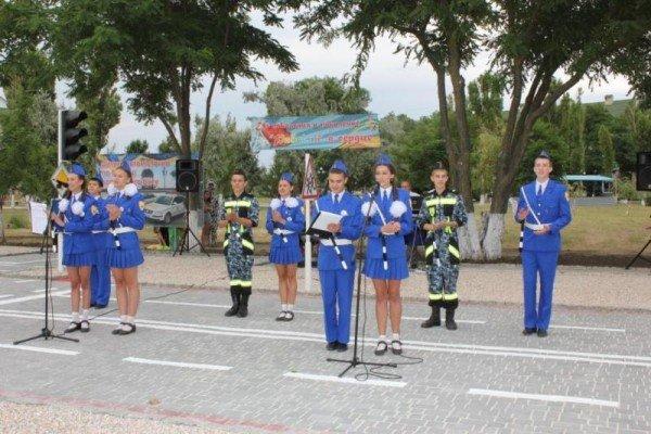 В Запорожской области открыли детский автогородок с дорожной разметкой, светофорами и постом ГАИ в натуральную величину (ФОТО), фото-3