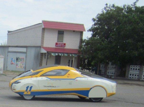 По трассе Одесса-Николаев проехал настоящий солнцемобиль (Фотофакт), фото-2
