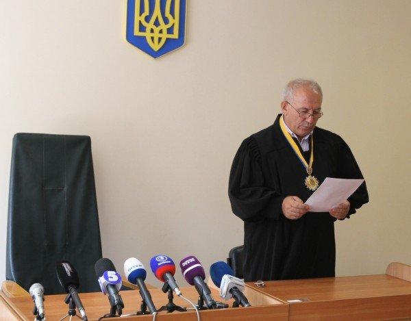 В Донецке начался суд над обвиняемыми в убийстве пятерых сотрудников Приватбанка (фото), фото-10