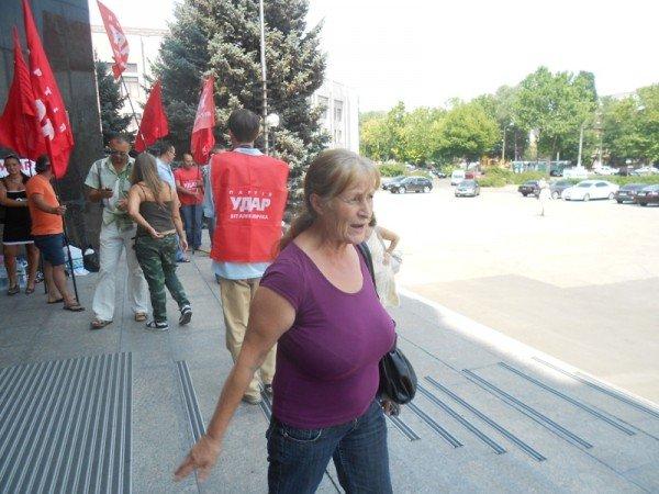 Активисты Партии регионов пытались сорвать вчерашнюю мирную акцию на крыльце Одесской облгосадминистрации (фото), фото-4