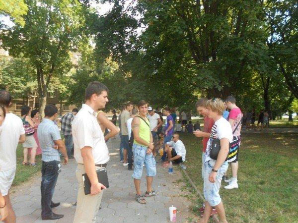 Активисты Партии регионов пытались сорвать вчерашнюю мирную акцию на крыльце Одесской облгосадминистрации (фото), фото-11