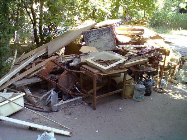 Херсонка сносила в квартиру мусор со всей округи (ФОТО), фото-4