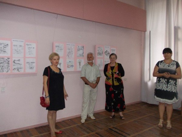 «Артемовск в Лицах»: карикатурист Александр Ковтун представил выставку своих работ в музее и на Сайте города Артемовска, фото-2