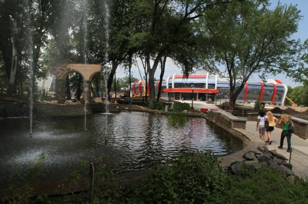 В Донецке завершается строительство Аквапарка (фото), фото-1