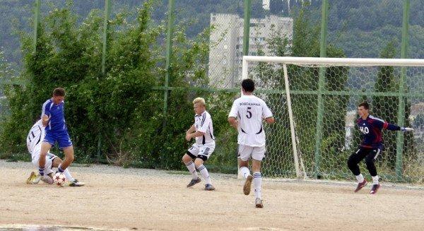 Кубок Ялты по футболу-2012: фавориты начинают, фото-11