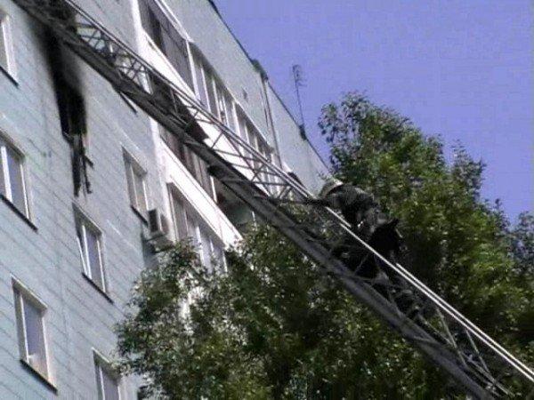 В Запорожье в пожаре едва не погибли 35-летний мужчина и 90-летняя старушка (ФОТО), фото-3