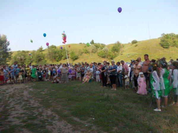 В Артемовском районе на берегу Северского Донца расцвел папоротник, фото-1