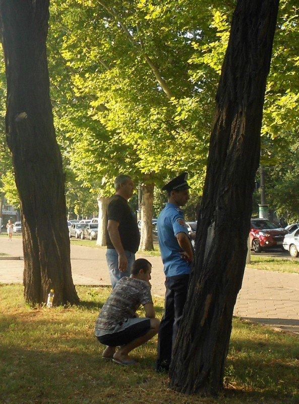 День рождения Президента Украины милиция отметила нападением на журналиста (Фото, Видео), фото-3