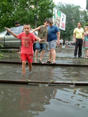Одесская маршрутка на Балковской потеряла колесо (Фоторепортаж), фото-11