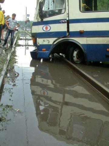 Одесская маршрутка на Балковской потеряла колесо (Фоторепортаж), фото-12
