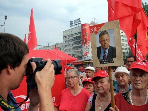 Симоненко в Донецке намекнул своим избирателям, что после выборов посадит Ахметова (фото), фото-2