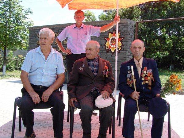 В Яковлевке Артемовского района восстановили памятник воинам, которые защищали село от фашистов, фото-4