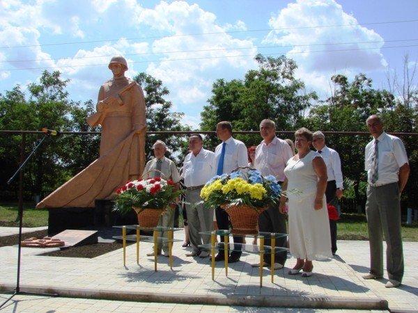 В Яковлевке Артемовского района восстановили памятник воинам, которые защищали село от фашистов, фото-5