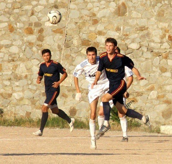 Кубок Ялты по футболу-2012: круг претендентов сокращается, фото-9