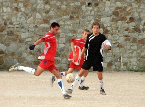 Кубок Ялты по футболу-2012: круг претендентов сокращается, фото-4