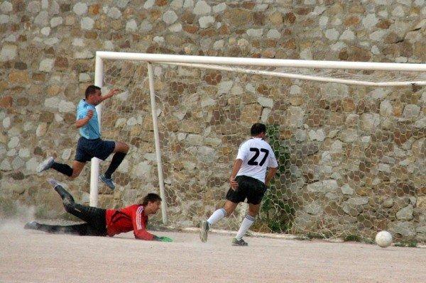 Кубок Ялты по футболу-2012: круг претендентов сокращается, фото-8