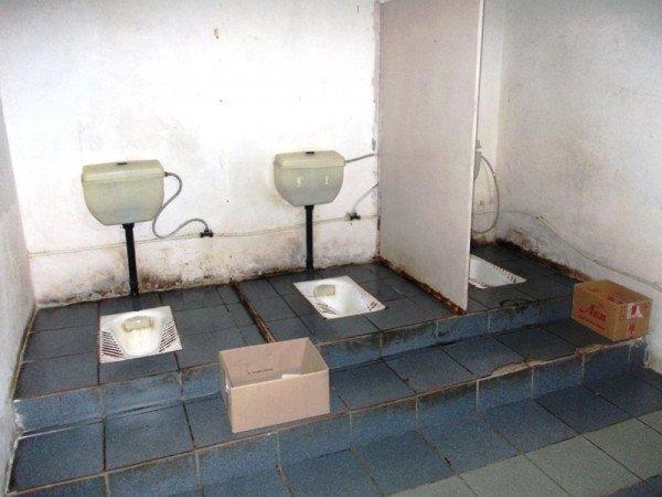 Туалет на артемовском автовокзале пугает приезжих ужасной антисанитарией, фото-3
