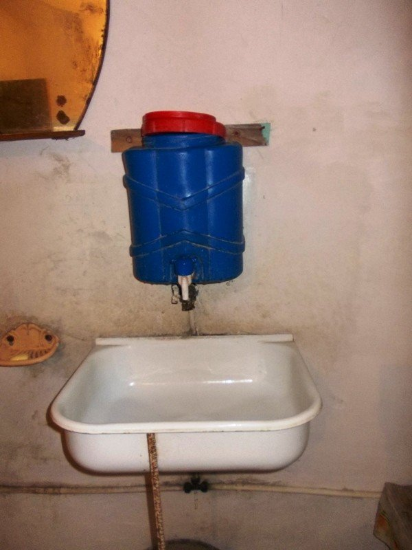 Туалет на артемовском автовокзале пугает приезжих ужасной антисанитарией, фото-10