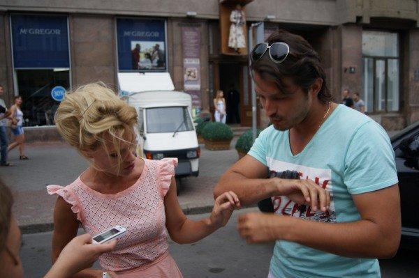 Ольга Фреймут в Одессе  воровала кукурузу и учила Притулу кататься на велосипеде (Фото), фото-5