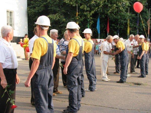 Артемовские металлурги отметили свой профессиональный праздник с огоньком, фото-4