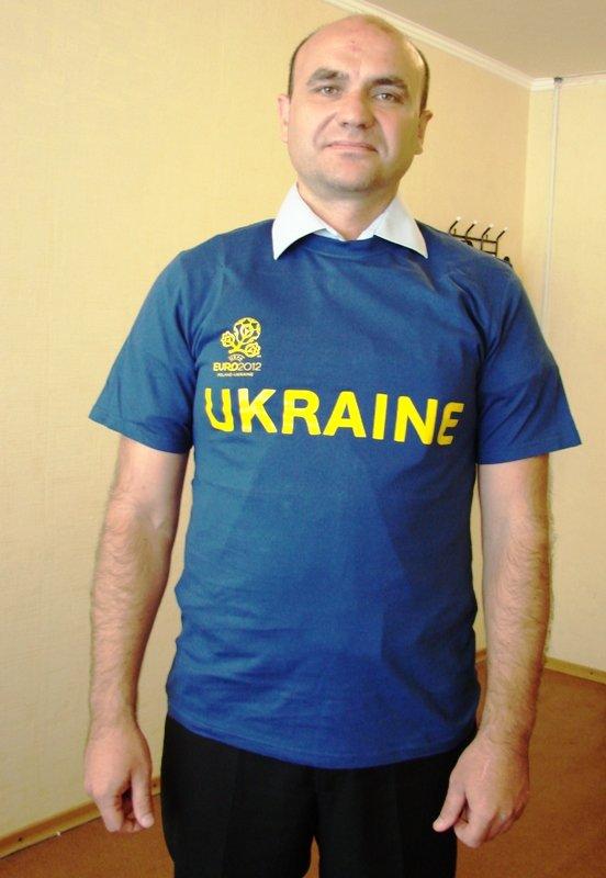 Победители тотализатора «Евро-2012» получили футболки от Сайта города Артемовска, фото-1