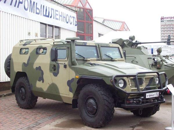 800px-A_police_car_Tiger