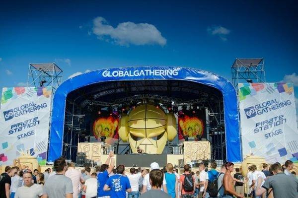 На аэродроме Чайка прошел британский фестиваль Global Gathering (ФОТО), фото-3
