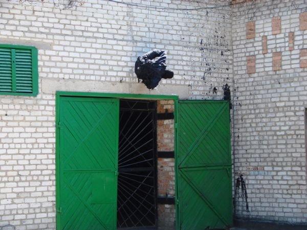 Спецанз обезвредил преступников, взявших в заложники сотрудников Артемовского СИЗО (ФОТО), фото-1