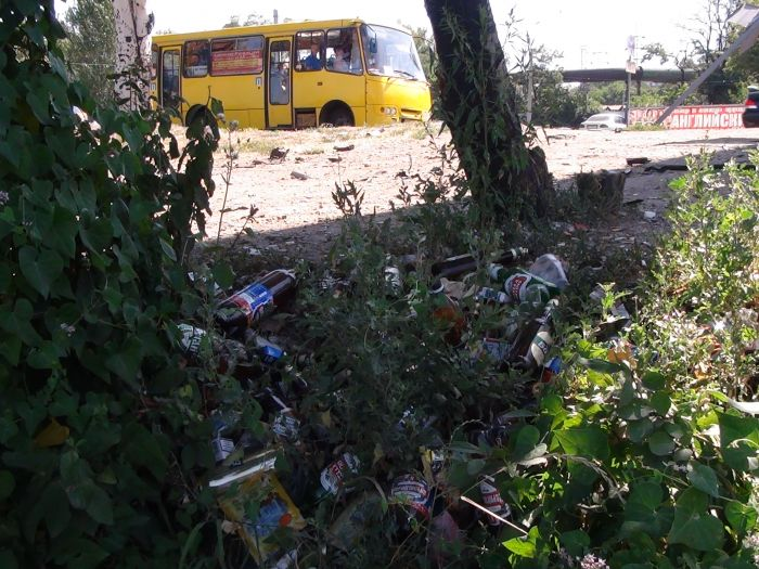 В Мариуполе «ВМW» врезалось в дерево, устроив масляный каток на Набережной (ФОТО), фото-9