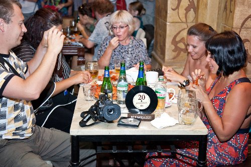 Вечеринка «Жигули» в Одессе: именитых киношников угостили пивом и зарядом ностальгии, фото-2