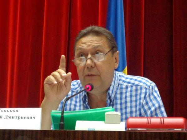 Запорожский кандидат на пост главы футбольной федерации Украины пообещал избавится от политики в футболе (ФОТО), фото-1