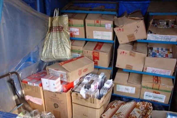 В Кривом Роге таможенники изъяли 9 тыс. сигарет, ввезенных незаконно (ФОТО), фото-1