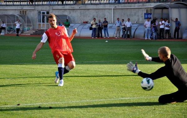 ФОТОРЕПОРТАЖ: Запорожский Металлург провел открытую тренировку, фото-6