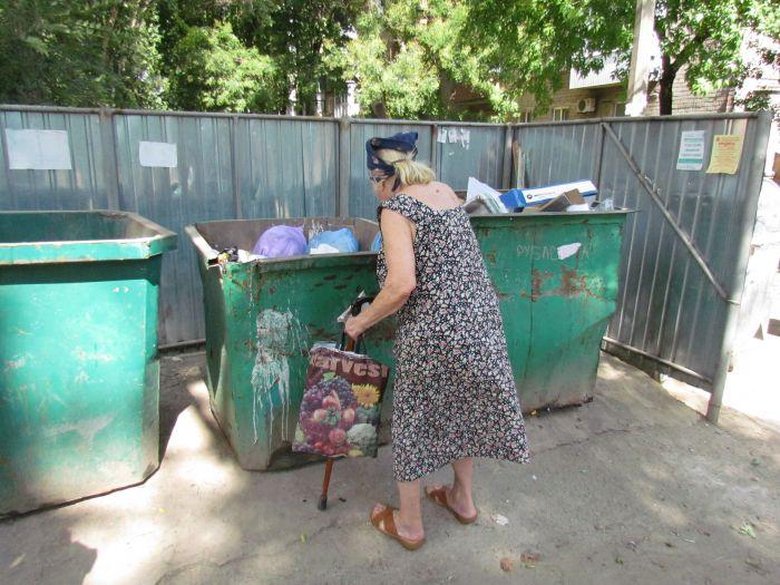 До Мариуполя дошел прогресс: кому-то понадобился наш пластик и стекло (ФОТО), фото-5