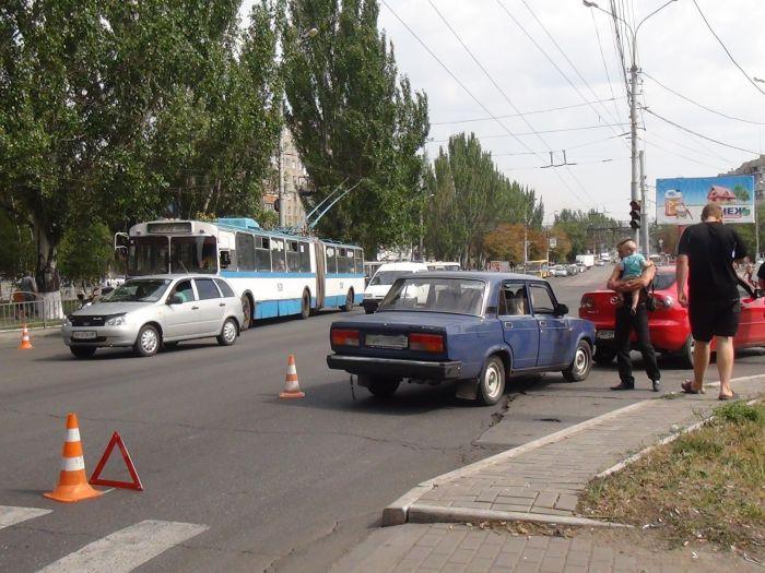 Да что ж такое! Еще одна авария на пр. Металлургов (ФОТО), фото-5