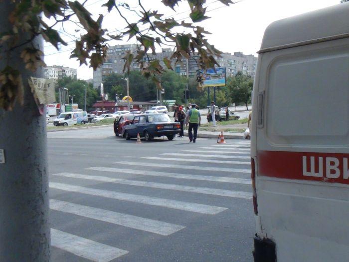 Да что ж такое! Еще одна авария на пр. Металлургов (ФОТО), фото-1