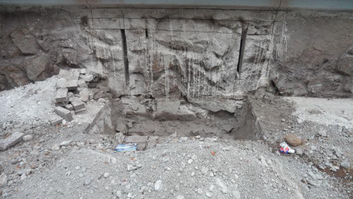 Битва за подвал: история с продолжением. Несмотря на протесты жителей,  в доме по пр. Металлургов продолжают строить АТБ (ФОТО), фото-1