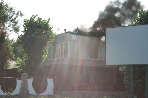 В Кривом Роге горит ресторан «Авто-гриль Мисливець» (ФОТО. Дополнено), фото-3