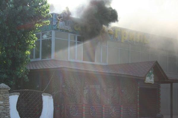 В Кривом Роге горит ресторан «Авто-гриль Мисливець» (ФОТО. Дополнено), фото-4