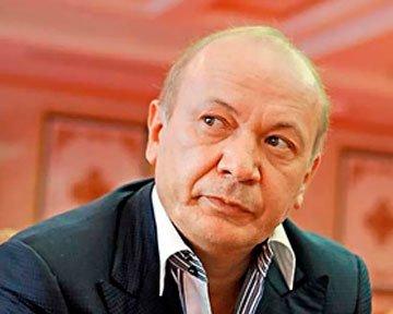 Совладелец мариупольского «Азовмаша» имеет  26 млн. грн. и 5 «мерседесов», фото-1
