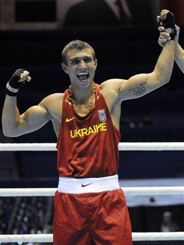 Украинские боксеры перед полуфиналами Олимпиады обрили головы  (ФОТО), фото-2