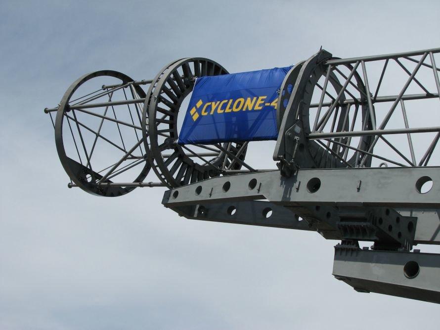 В Днепропетровске Сергей Тигипко объявил о космической независимости Украины и Бразилии (ФОТО), фото-4