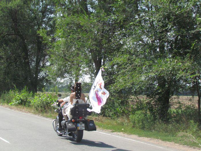 В Мариуполе сегодня отгуляли байкерскую свадьбу (ФОТО), фото-7