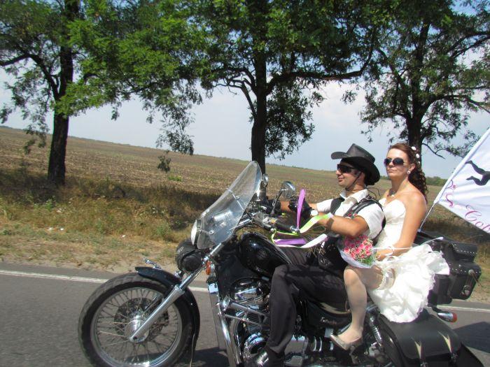В Мариуполе сегодня отгуляли байкерскую свадьбу (ФОТО), фото-5