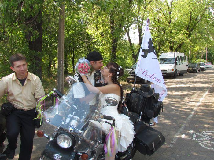 В Мариуполе сегодня отгуляли байкерскую свадьбу (ФОТО), фото-8