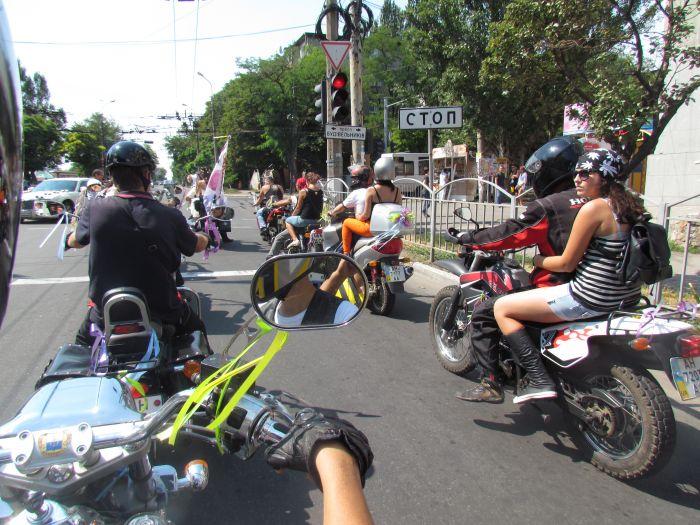В Мариуполе сегодня отгуляли байкерскую свадьбу (ФОТО), фото-11